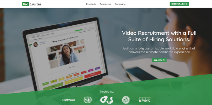 Best-recruitment-tools-2019-video-interviewing-VidCruiter