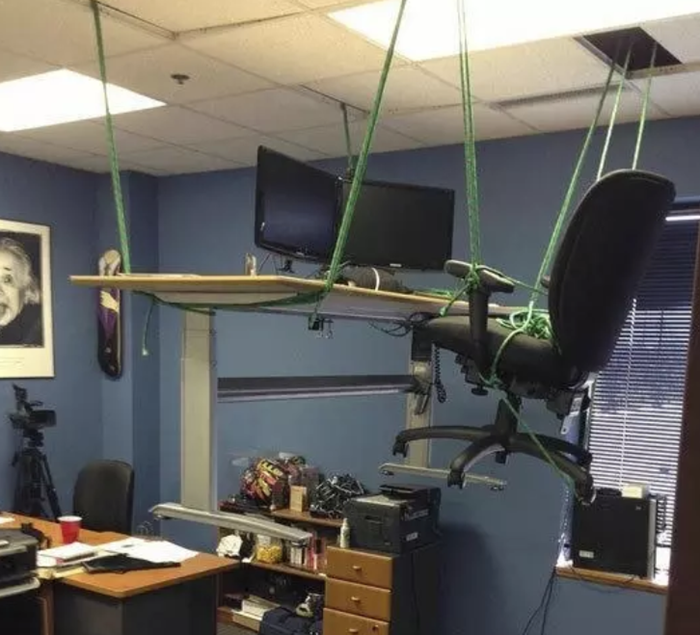 Funny-office-prank-idea-lift-office-desk