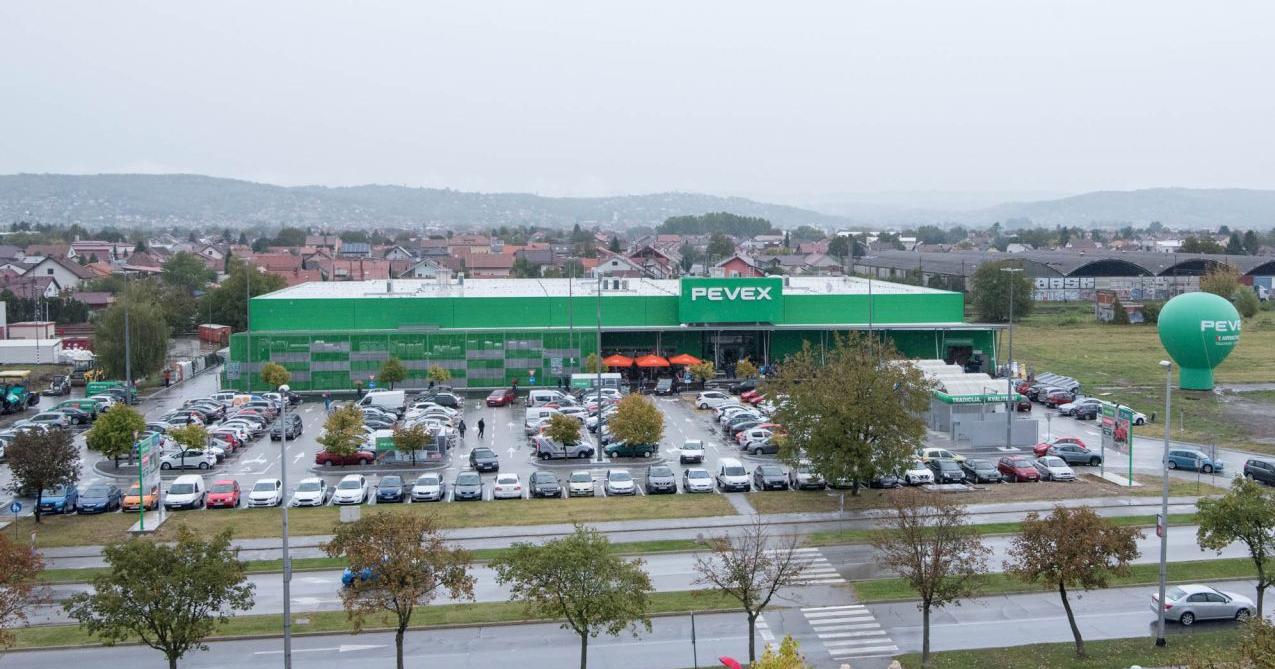 Otvorenje novog prodajnog centra u Slavonskom Brodu