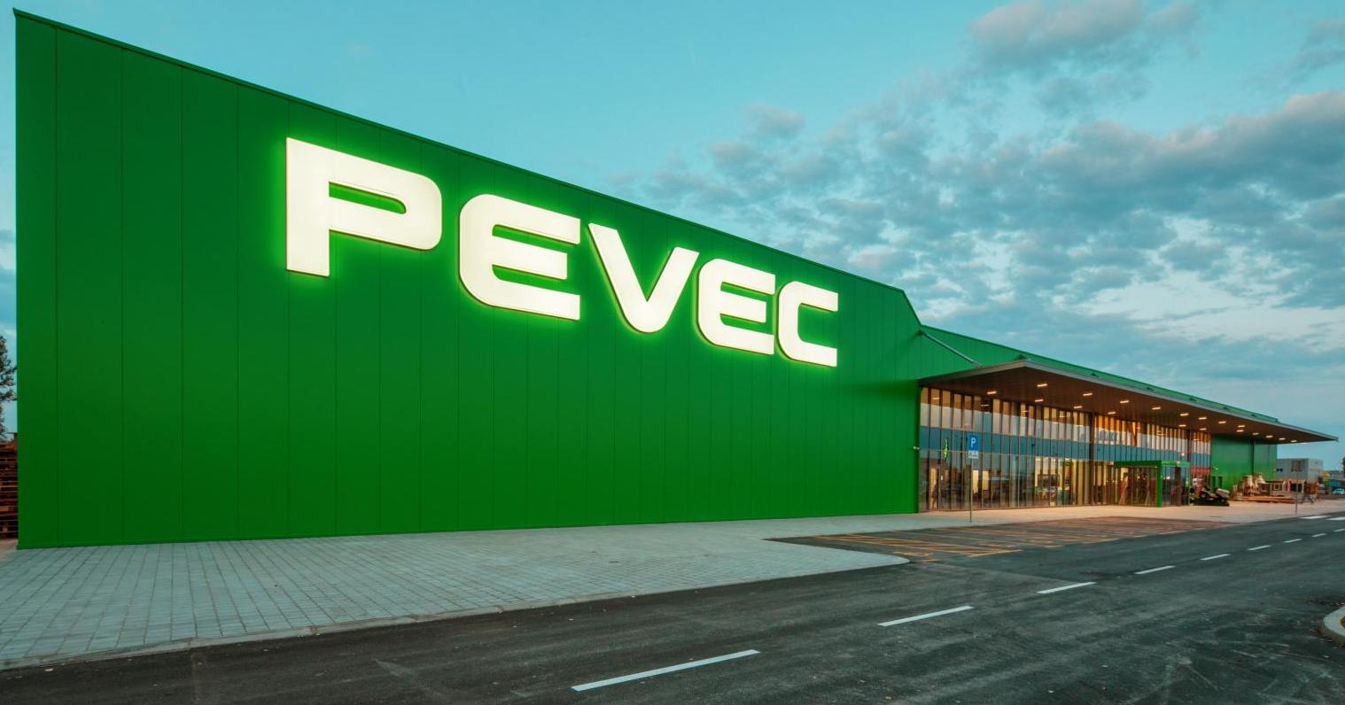 Otvorenje novog prodajnog centra u Vukovaru